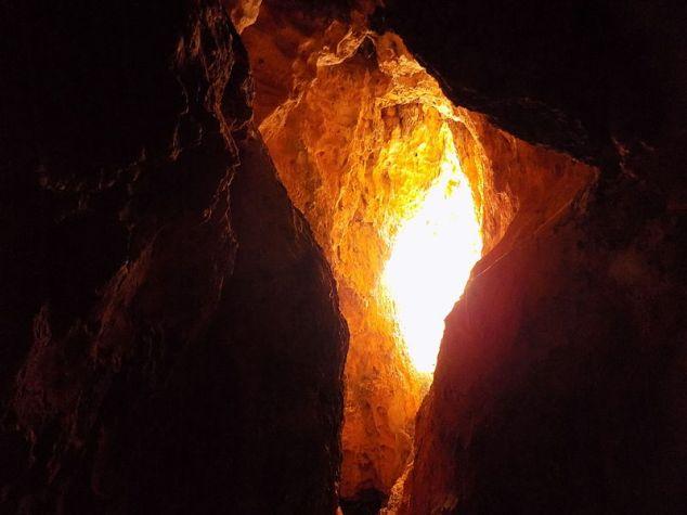Cave_Cañón_del_Río_Lobos